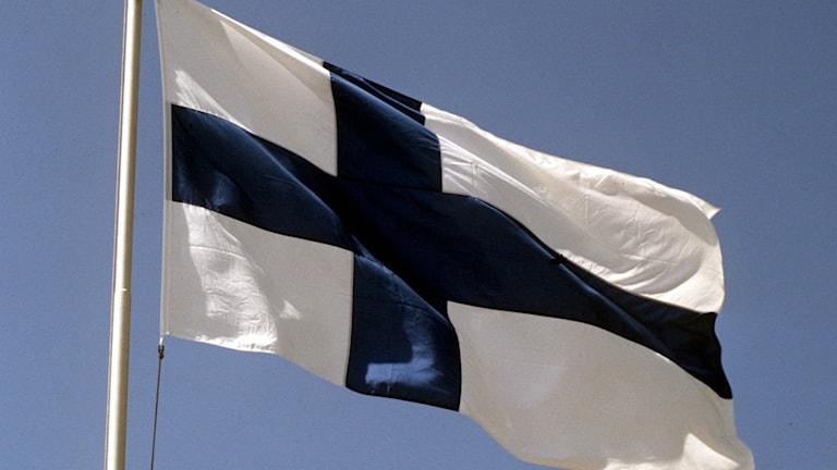 Länets finska föreningar uppmärksammar dagen på olika sätt.