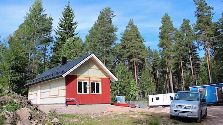 Det fritidshus i Malung som det byggdes på i höstas hyrs nu ut, enligt fritidsföreningens Facebooksida.