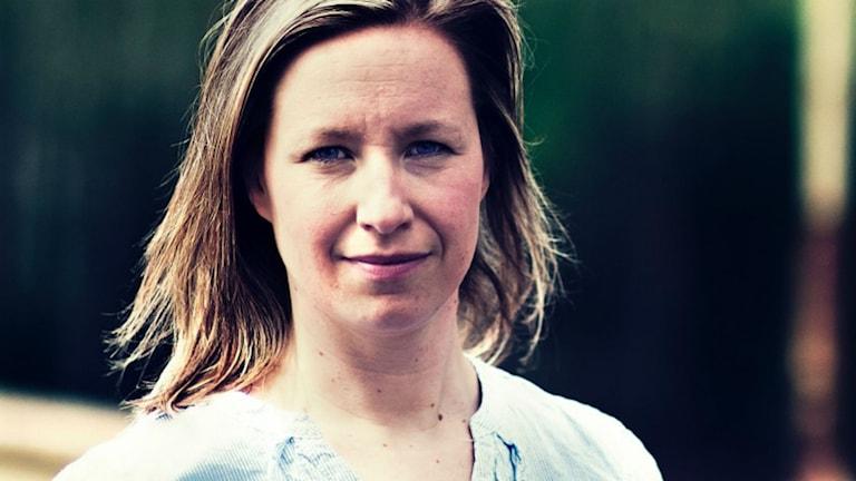 Johanna Bölja-Hertzberg i Järvsö letar gamla visor.