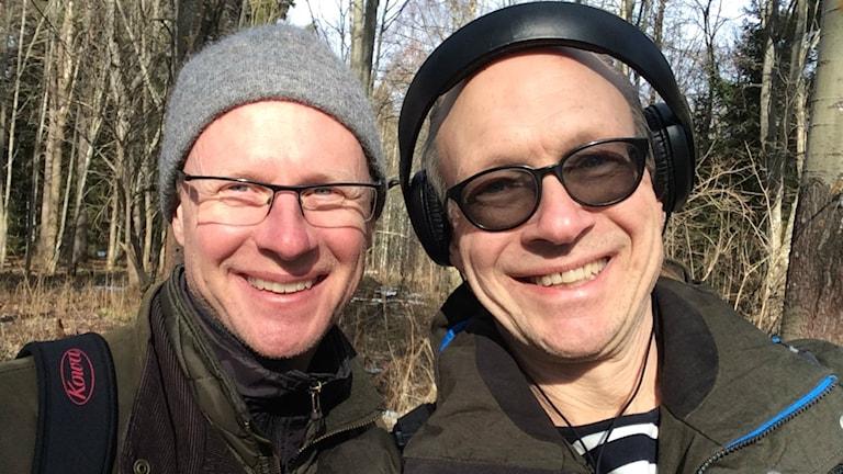 Joacim Lindwall och Larry Forsberg på vårspaning.