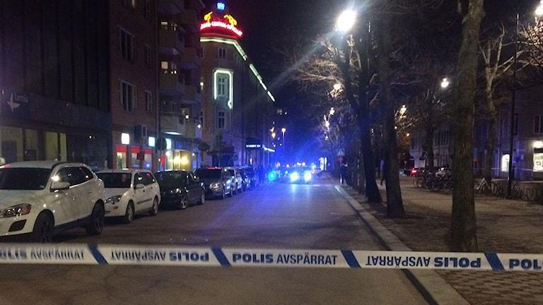 Två kvarter spärrades av i Gävle på påskaftonen.