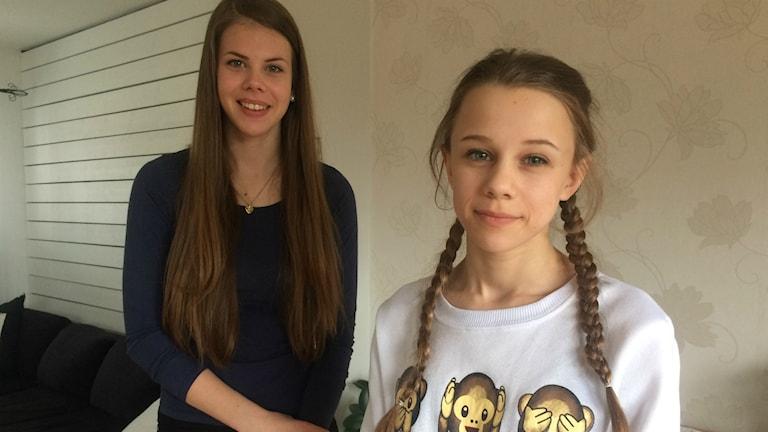 Emilia Karlström och Alva Westman känner att deras vardag är begränsade på grund av sina allergier.