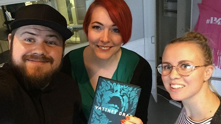 Författaren Madeleine Bäck från Storvik skriver om mystiken i Gästrikland i sina skräckromaner.