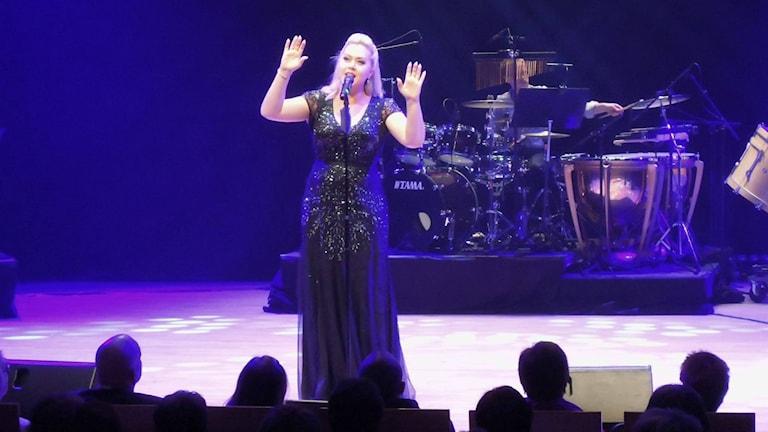 Sångerskan Victora Tocco är en av dem som på fredag bjuder på musikalfest. Hon är också producent för musikalen.