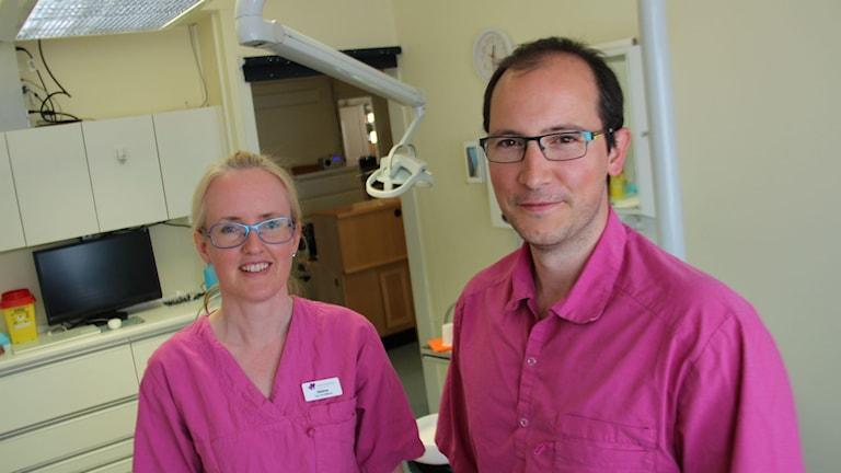 Sabine Korsmeiers och Bernd Ziegers klinik i Söderhamn tillhör de tre billigaste i Gävleborg. Men kvalitet och bemötande är viktigare än priset, säger de.