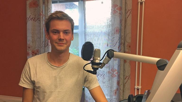 Timmy Jönsson, eller Nagelhuvud som han kallar sig i E-sportvärlden, ingår i Bollnäslaget Norrlands Guld.