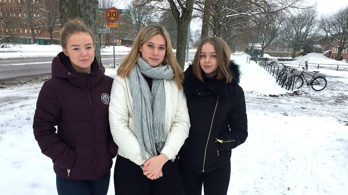 Nora Langeron, Disa Vågberg och Lovisa Henriksson går i nian på Solängsskolan