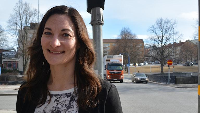 Miljökvalitetsnormen riskerar att överskridas på flera gator i Gävle, bland annat Norra och Södra Kungsgatan, säger Lisa Bergquist, miljöingenjör på Gävle kommun.