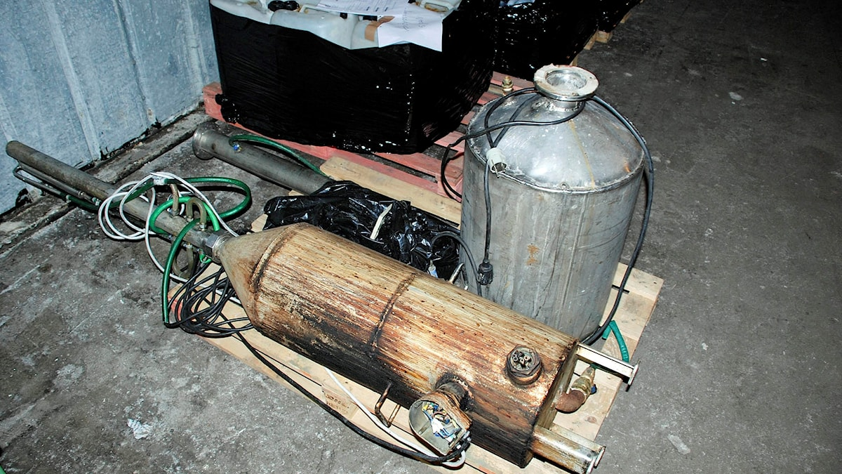 Destillationsapparat för hembränning i beslag
