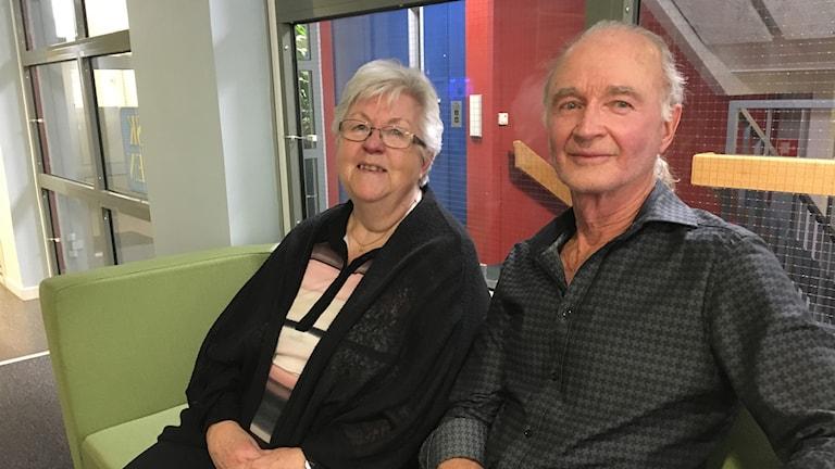 Inga Enochson och Jan Erlandsson är pensionärer och är mest positiva till skattesänkningen på pensionen.