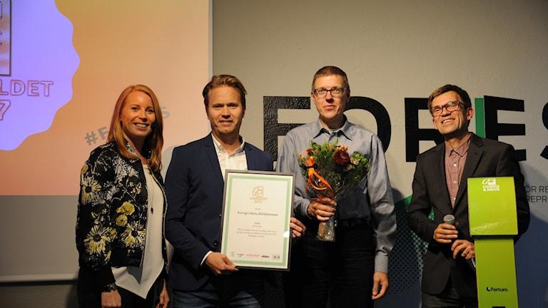 prisutdelare Annie Lööf, Mattias Goldmann, vd Fores och 2030-sekretariatet.