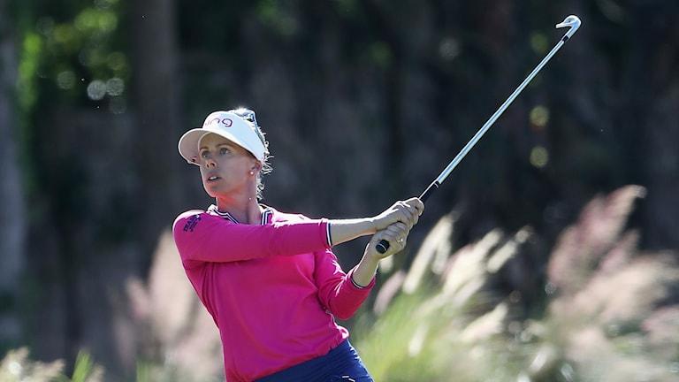 Pernilla Lindberg i aktion under tredje dagens spela av LPGA-tourfinalen i Naples, Florida.