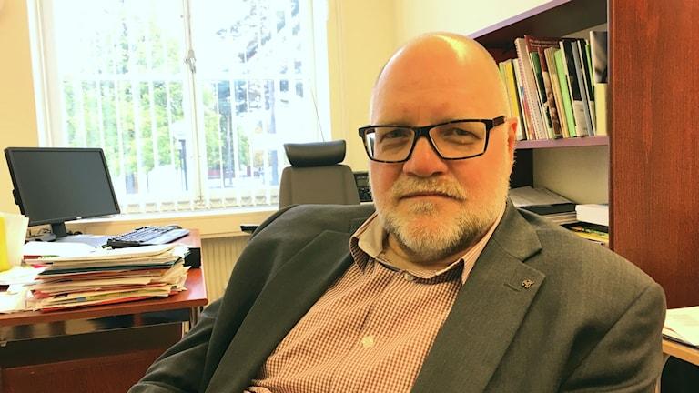 Johan Larsson är rektor på Murgårdsskolan i Sandviken.