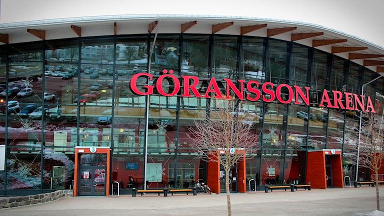 En bild på arenan Göransson Arena i Sandviken under tidig vår.