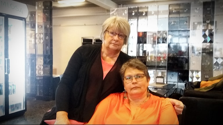 Karin Forslunds döttrar Kerstin Johansson och Maysan Säärela