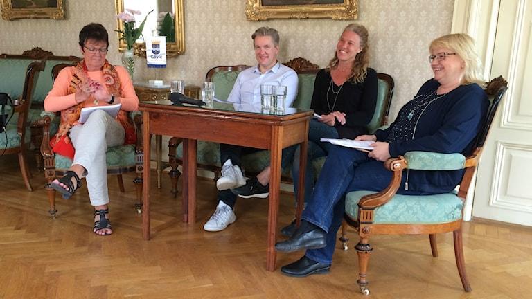 Inger Källgren Sawela (M), Jan Myléus (KD), Ann-Helen Persson (C) och Helene Åkerlind (L).