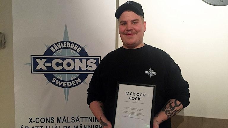 X-cons ordförande Andreas Ericsson fick diplom av Gävle kommun