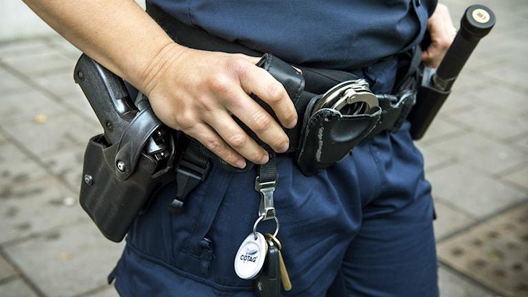 Många poliser är missnöjda med sina löner och arbetsvillkor.