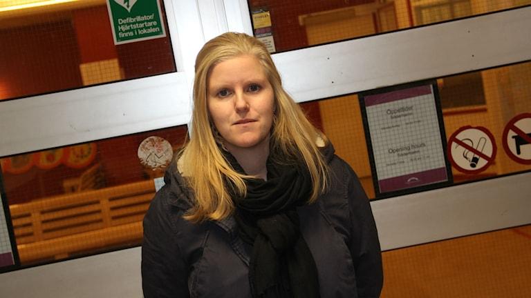 Alexandra Gard tor att dörren till kontoret i bakgrunden stänger definitivt i vår.