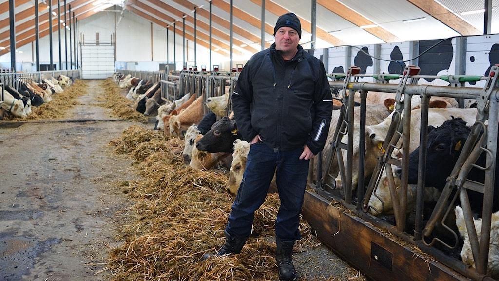 Jonas Halonen i Österfärnebo är pionjär - den förste i länet att ersätta konstgödsel med Biogödsel från matavfall.