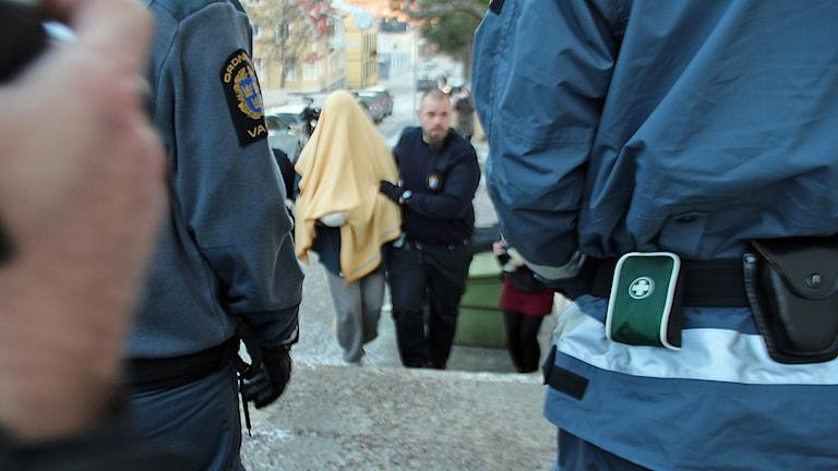 20-åringen häktades misstänkt för dubbelmordet i Råbo.