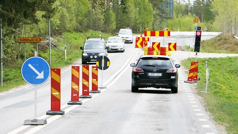 Det pågår vägarbeten på nästan alla större vägar till och från Ockelbo.
