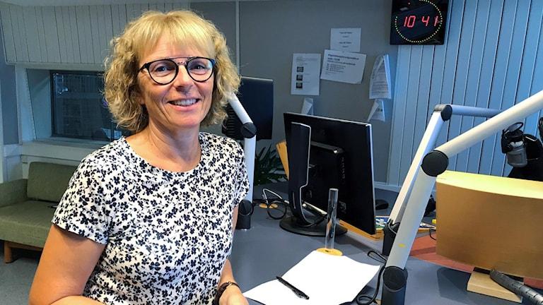 Lotta Tonlycke tilldelas Gunvor Göranssons kulturstiftelses stora kulturpris på 50 000 kronor.