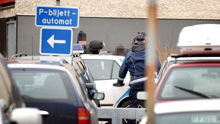 Den nationerlla insatsstyrkan stormade vid 13.30-tiden idag hotell Grand i centrala Falun. Enligt uppgift från polis var konferenslokalen på hotellet bokat för ett möte mellan flera kriminella grupper.