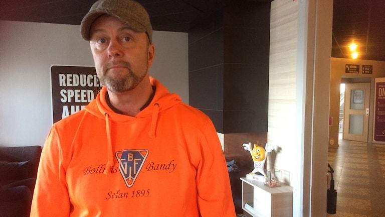 Per Jarefjord, marknadschef på Bollnäs bandy blir besviken om det inte går 50 bussar från Bollnäs till bandyfinalen lördag 25 mars.