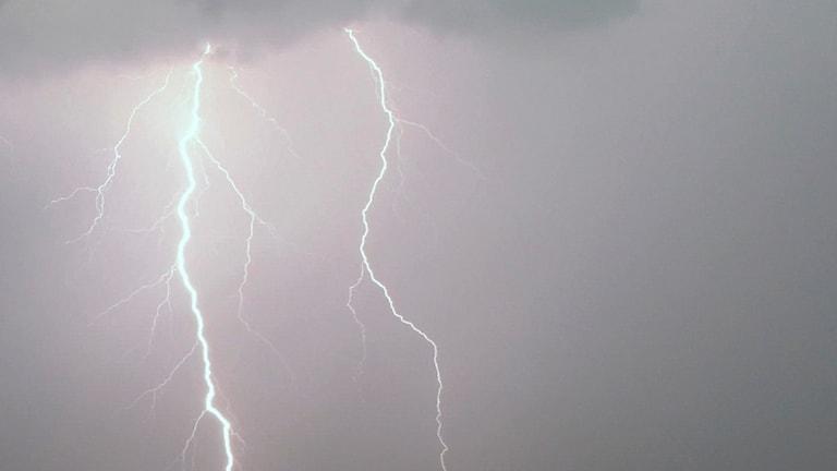 Stopp i tågtrafiken mellan Hofors och Borlänge efter blixtnedslag